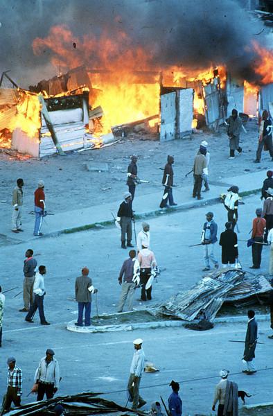اعتراضات صدها هزار نفری در 21 می 1986
