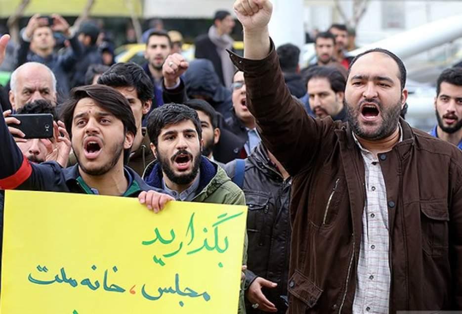 طلاب و روحانیون شیعه و سنی سیستان و بلوچستان خواستار برخورد قانونی با #نماینده_سراوان شدند